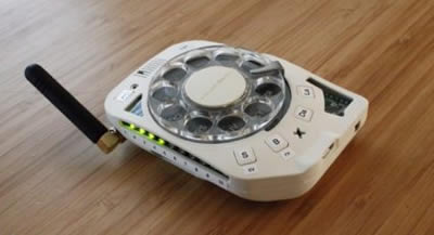 Relive the good old days with this DIY rotary telephone