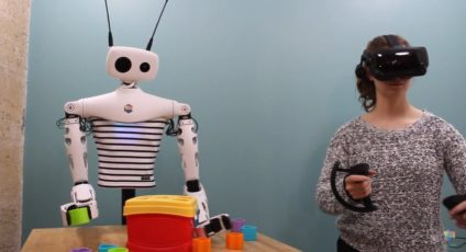 Reachy the robot can be controlled using a VR headset